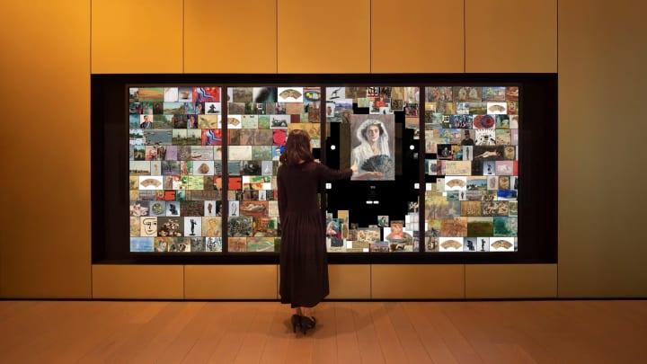 アーティゾン美術館に登場 チームラボによる「デジタルコレクションウォール」 所蔵する美術作品をデジタ…