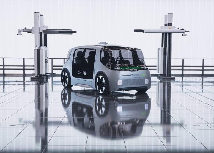 ジャガー・ランドローバーがコンセプトカー「Project Vector」を発表 自家用車にもライドシェアにも使える…