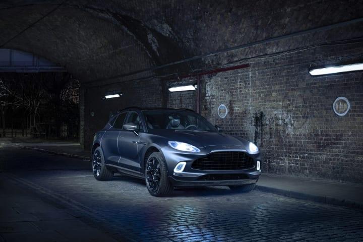 アストンマーティンがSUV「DBX」のカスタマイズカー ジュネーブモーターショーで公開