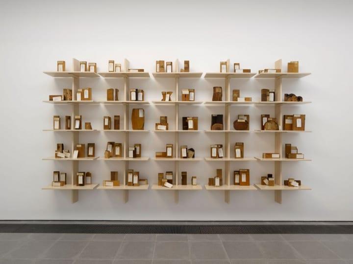 木材産業の過去と現在を考察する展覧会 「Formafantasma: Cambio」がロンドンで開催