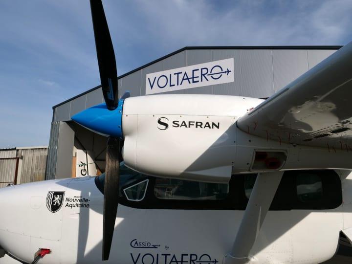 フランスのハイブリッド電動航空機「VoltAero Cassio」 スマート電動モーター「ENGINeUS™」を搭載した試験…