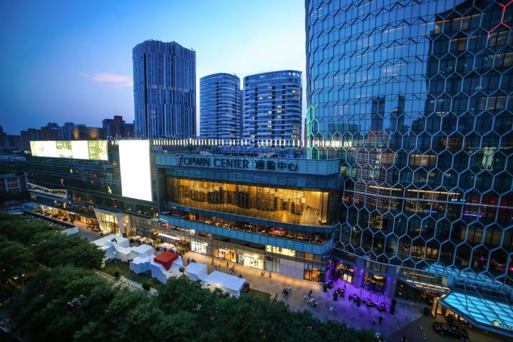 北京に期間限定で登場した没入型アート施設 「Mandalas Pop-up Digital Art Museum」