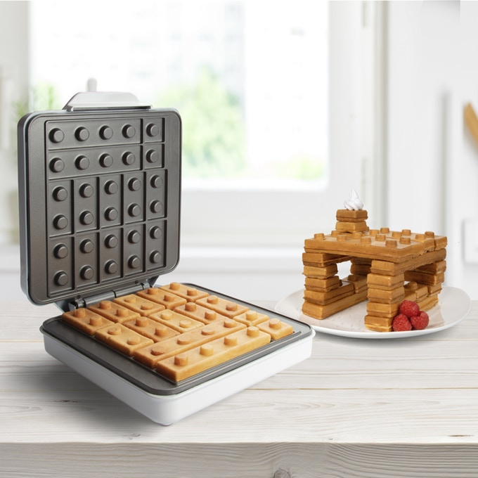 ブロックのように積み重ねられるワッフルが焼ける!? 「Building Brick Waffle Maker」登場