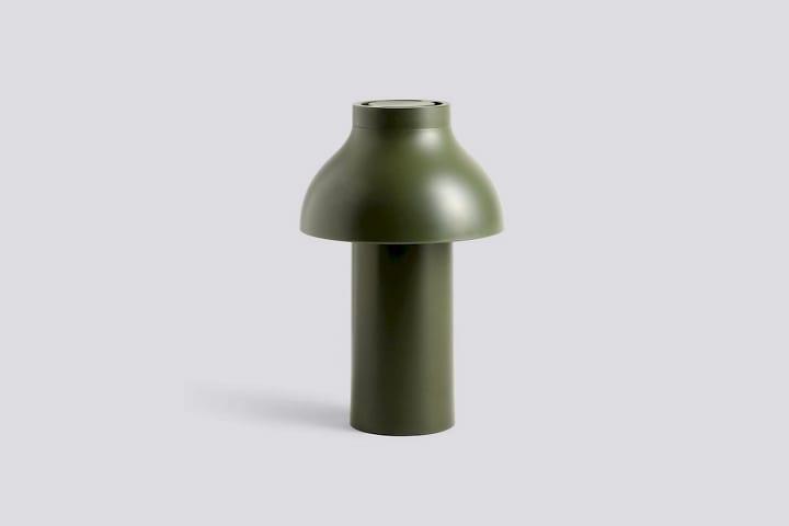 HAYからPierre Charpinデザインの照明 「PC Portable Lamp」が登場