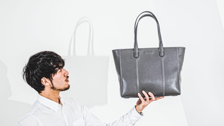 objcts.ioから「Smart Tote」の新色「Gray」が登場 機能性と機動力を備えたトートバッグ