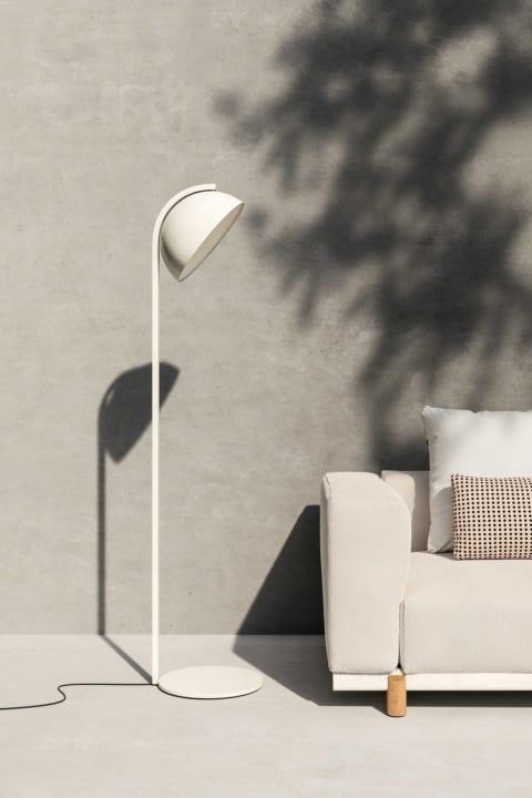 深澤直人が手がけたアウトドアライト「Half Dome Lamp」 スペインの家具メーカー Kettalに登場