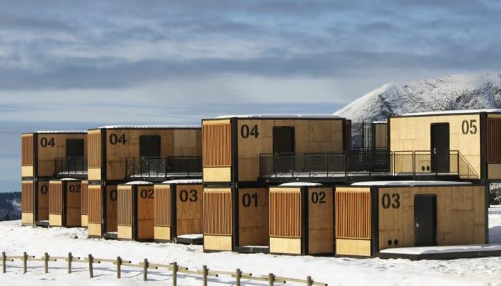 フランスを代表するスキー場に モジュール式の宿泊施設「Flying Nest」が登場