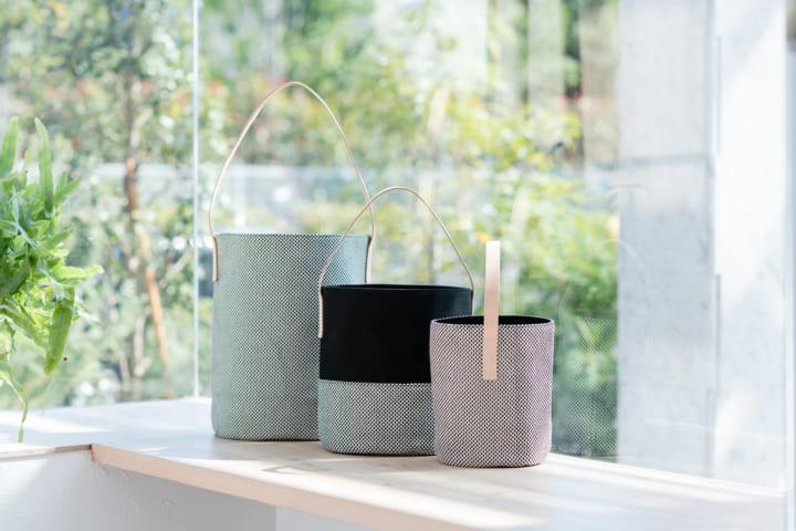 KEYUCAの日本全国ファブリックバッグ第一弾 三河木綿の刺子織を使用したトートバッグが登場