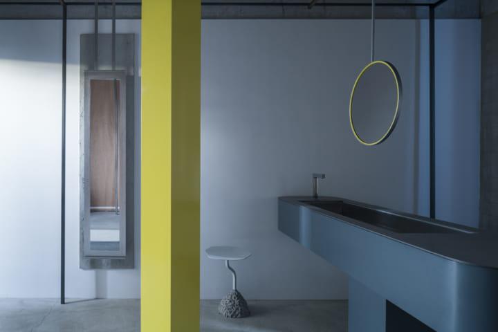 茶屋をイメージした高校の女子トイレ「TEAROOM」 建築とアートが融合する空間