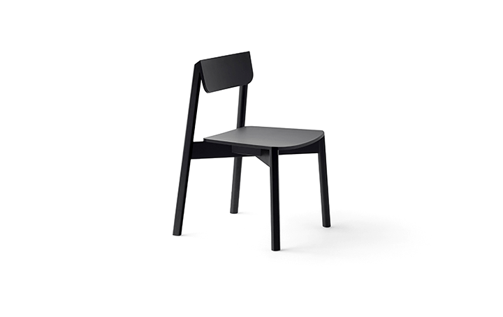 nendoが手がけた木製家具コレクション「blade」 丸い断面と四角い断面の双方の良さをもつ家具