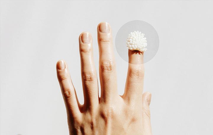 触覚を通して、日常のコミュニケーションを拡張 デザイナーRYO TADAが提案するハプティックスデバイス「FU…