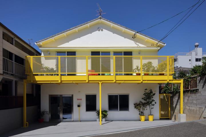 デザインスタジオ「24d-studio」が改修した 職住融合住宅「House of Many Arches-アーチだらけの家-」