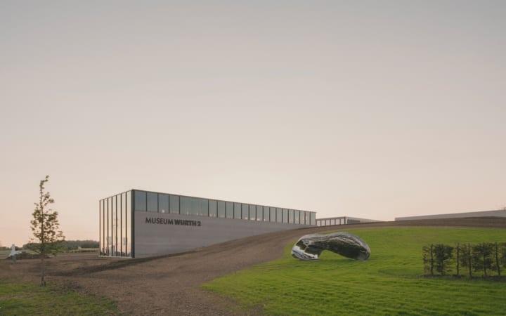 社員がアートやイベントを楽しめる施設 ドイツメーカーAdolf Würthの本社近くに複合施設「Carmen Würth Fo…