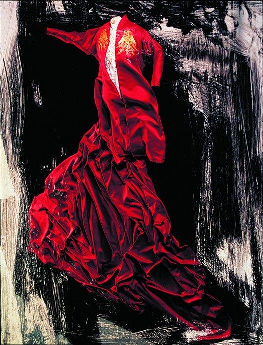 石岡瑛子がデザインする世界を回顧 東京都現代美術館で「石岡瑛子 血が、汗が、涙がデザインできるか」が…