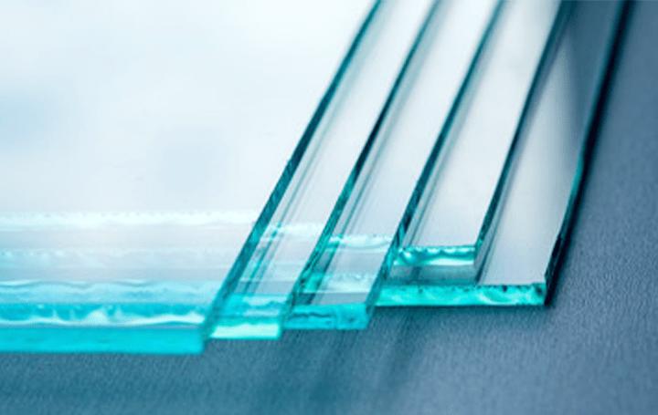 日本板硝子、ガラスに付着したウイルスの活性を低減 抗ウイルスガラスの簡易衝立キットを開発