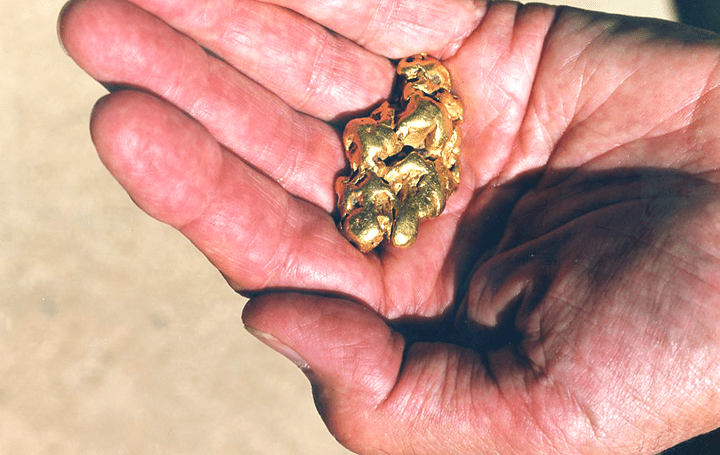 「ゴールドラッシュ」という儚い歴史を写真で追憶 写真家・石塚元太良の個展が近日に開催