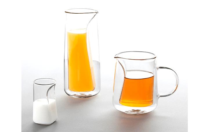 注がれる飲料の動きにフォーカスする ガラスカップコレクション「Moment」