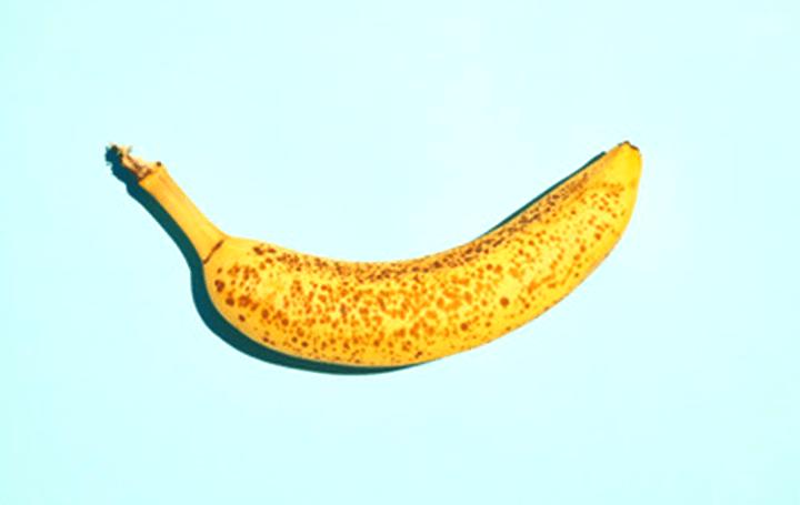 シルクをコーティングしたら、食品の保存期間が長くなる?! MIT発のスタートアップが自然な食品加工技術…