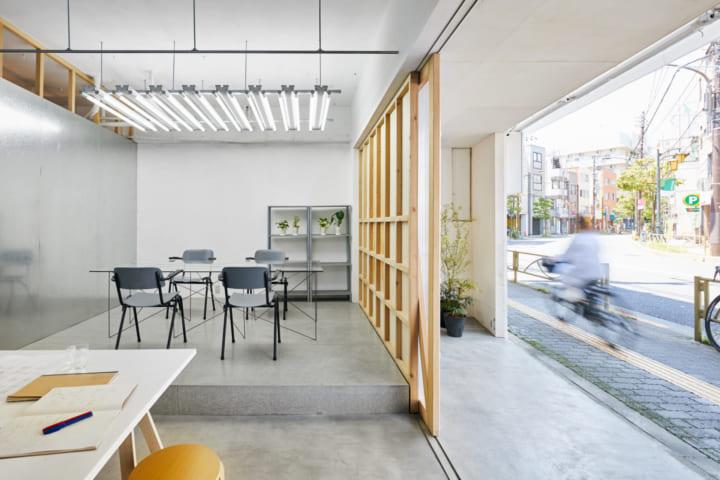 建築家・⾬宮知彦が主宰するR/URBAN DESIGN OFFICEによる コロナ時代における「⾵通しの良い」ワークプレ…