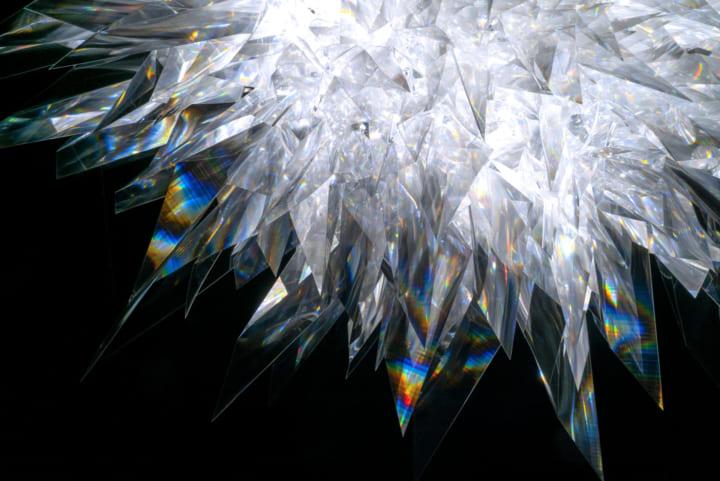 POLA MUSEUM ANNEXに、光のエネルギーを感じさせる アーティスト・松尾高弘の展覧会「INTENSITY」が開催