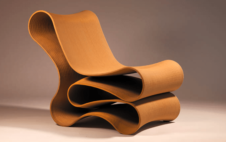 3Dプリント家具メーカーSCULPTURによる 美しいカーブが特徴なラウンジチェア「REFORM」