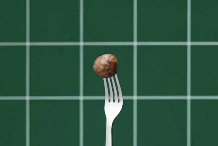 イケア、植物由来の「プラントボール」を発売 サスティナブルな食事の選択肢を提供