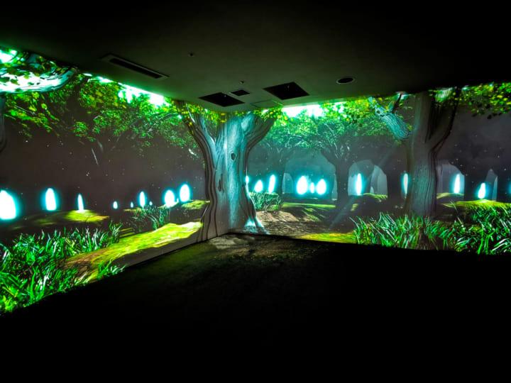 癒しの空間演出で医療に対する不安を和らげる 待合室の空間演出「MEDICITY Imaginative Forest」