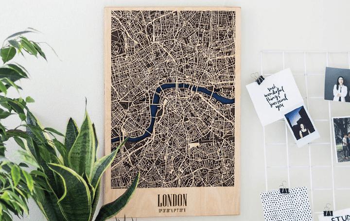 世界の主要62都市をインテリアとして飾る 木製都市マップ「3D Wood City Map」が登場