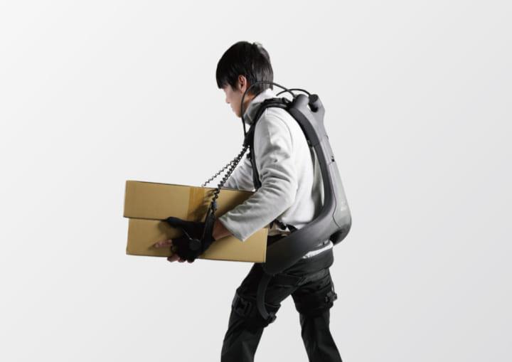 腕と腰を同時にアシストできる着用型ロボット パワードウェアの新モデル「ATOUN MODEL Y + kote」