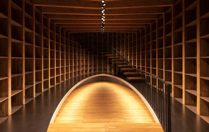香取建築デザイン事務所が手がけた 「木」の魅力を最大限に演出するオフィス&ショールーム「MARUHON …