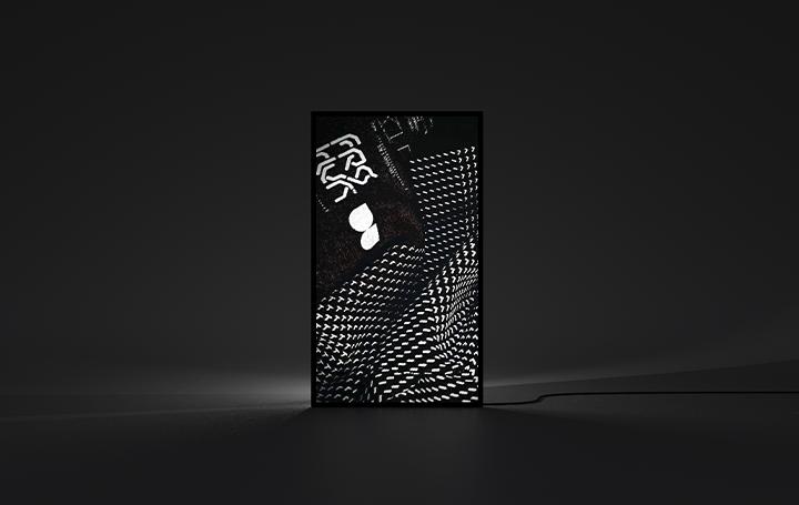 デジタルアート作品をカジュアルに創って飾る アートフレーム「Mono X7」と「FRAMED Gallery」