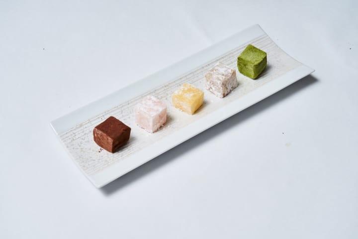 現代のライフスタイルに合った新感覚の 和菓子テイクアウト専門店「和菓子 楚々」が日比谷OKUROJIにオープン
