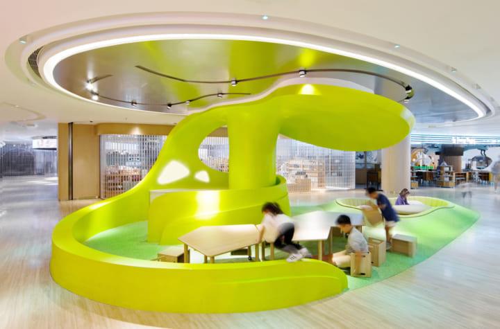 心や体の質を高めて子どもの成長を促す遊戯施設 香港のショッピングモールにある「Donut Playhouse」