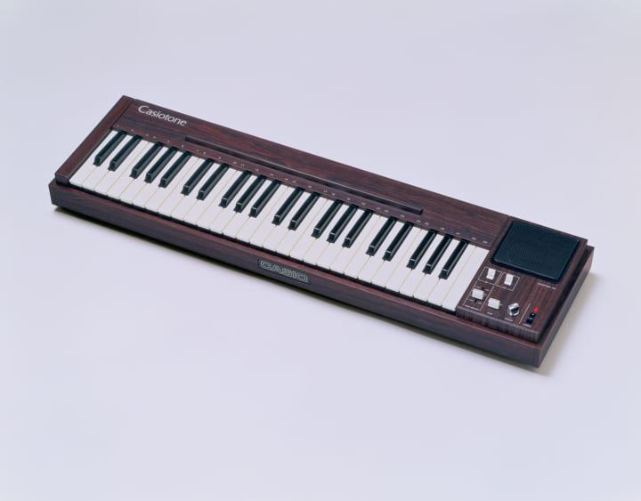 1980年に登場した電子楽器「カシオトーン 201」 国立科学博物館の「未来技術遺産」に登録