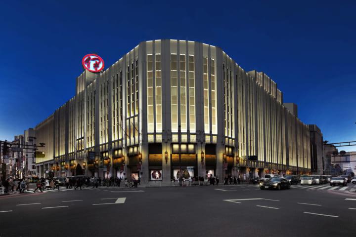 伊勢丹新宿店本館35年ぶりの外壁修繕が完了 刷新された照明デザインで時間や季節を演出