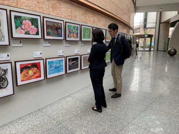「可能性アートプロジェクト展2020」が開催 障がい者アート作品の「プリマグラフィー」も発売予定