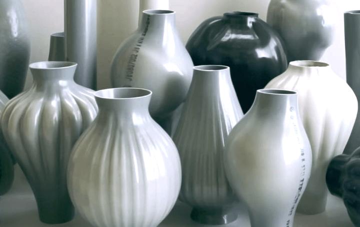 デザイナー・岩元航大、新たな技法で花器を制作 CIBONEに「PVC HANDBLOWING PROJECT」が開催
