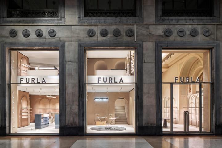 フルラ、ミラノの旗艦店をリニューアルオープン デイヴィッド・チッパーフィールドがデザインを刷新