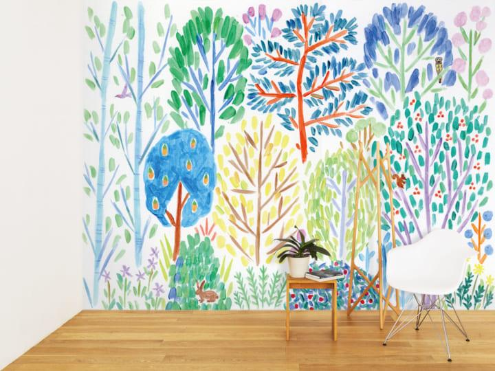 美術作家・佐々木愛が手がけた 「旅」をモチーフにした壁紙が登場