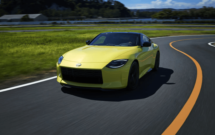 日産、歴史と現代を融合させた新しいスポーツカー 「フェアレディZ プロトタイプ」を公開