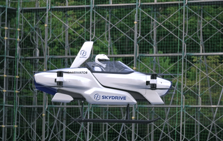 近い将来の新たな移動手段?! SkyDriveの「空飛ぶクルマ」が飛行試験に成功