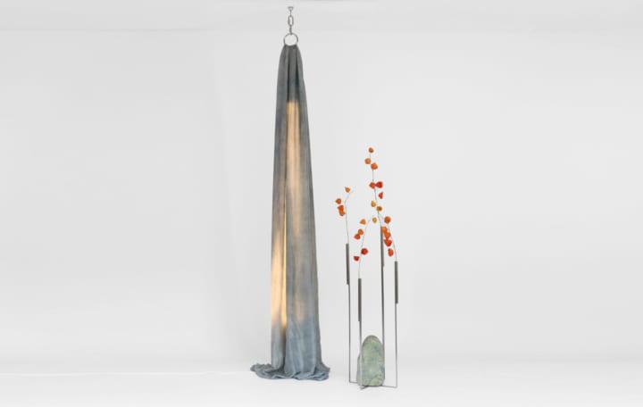 自然と人間の力を表現するデザインアーティスト  Batten and Kampの日本初展示「On Stone and Sky」
