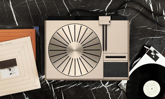バング&オルフセン、アイコニックなターンテーブル Beogram 4000c をリニューアル発売