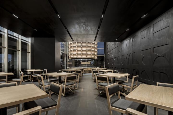 日本の工芸にヒントを得た メキシコの日本食レストラン「TORI TORI Santa Fe」