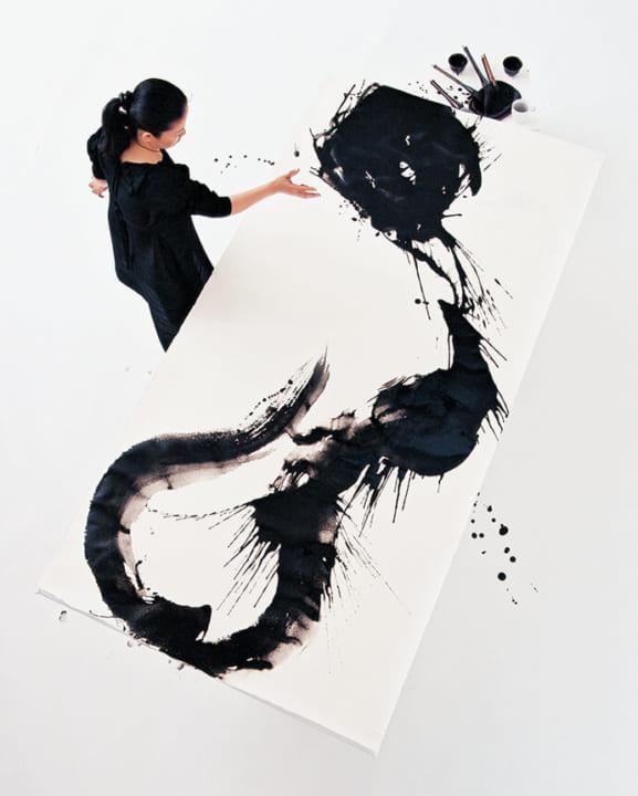 現代美術家 名和晃平と婁正綱による展覧会「LIVING with ART」 コンセプトは「もしも、リビングにアートが…