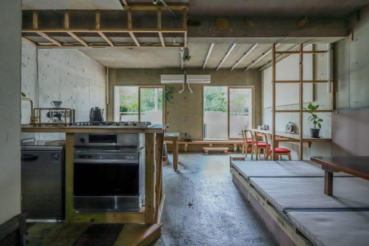 解体工事で出た廃材を利用した サステナブルな暮らしの実験場「R(アーーーーール)」