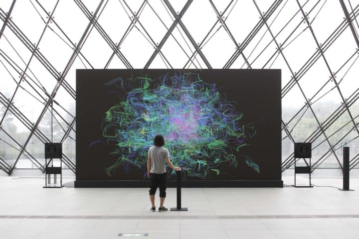 2021年に設立15周年を迎えるrhizomatiks 個展「ライゾマティクス_マルティプレックス」を開催