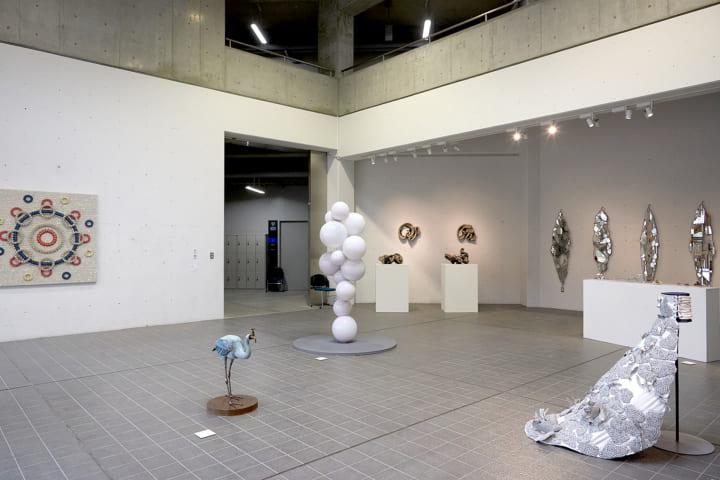 多摩美術大学、卒業制作展を来年1月と3月に開催 各学科や個人・グループ単位による作品が展示