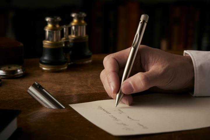 大人に書く喜びを届ける「SAKURA craft_lab」の サクラクレパス 創業100周年記念モデル