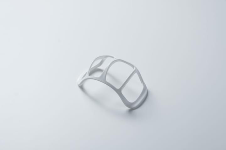 伊藤園の茶殻を再利用して secca inc.が「3D立体快適マスクフレーム」を設計